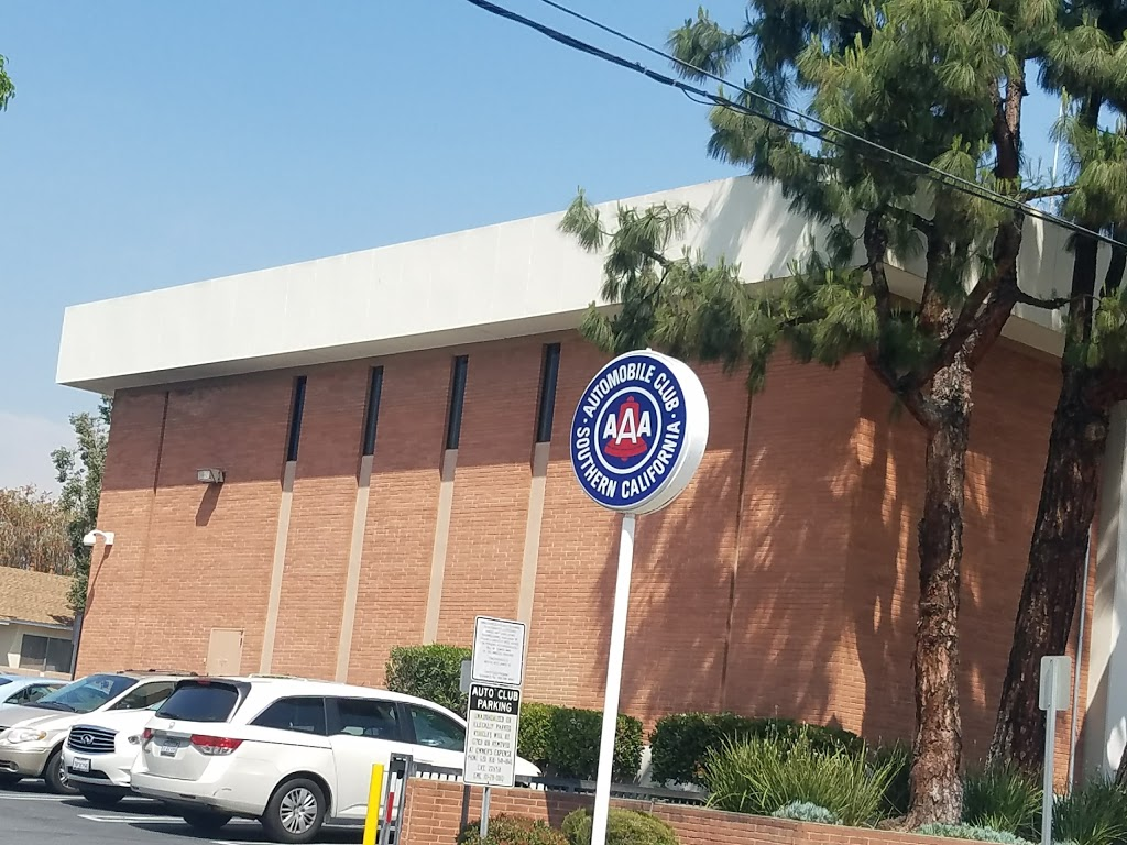 AAA - Automobile Club of Southern California | insurance agency | 1233 E Broadway, Glendale, CA 91205, USA | 8182402200 OR +1 818-240-2200