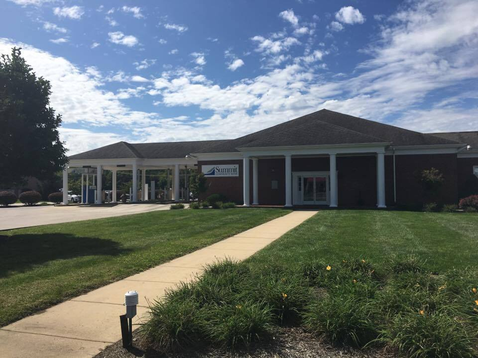 summit community bank moorefield