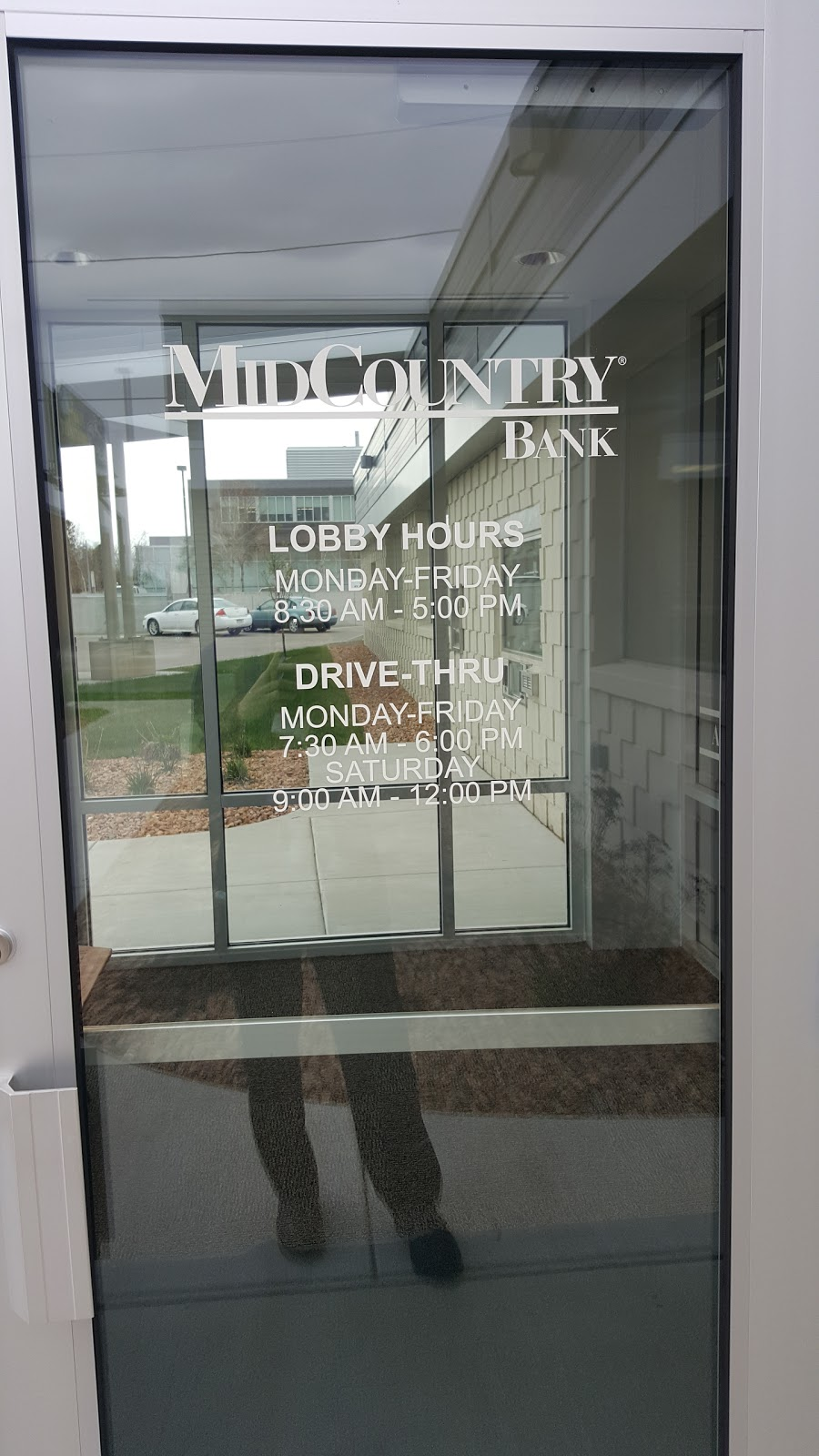 MidCountry Bank | insurance agency | 1113 W St Germain St, St Cloud, MN 56301, USA | 3205298878 OR +1 320-529-8878