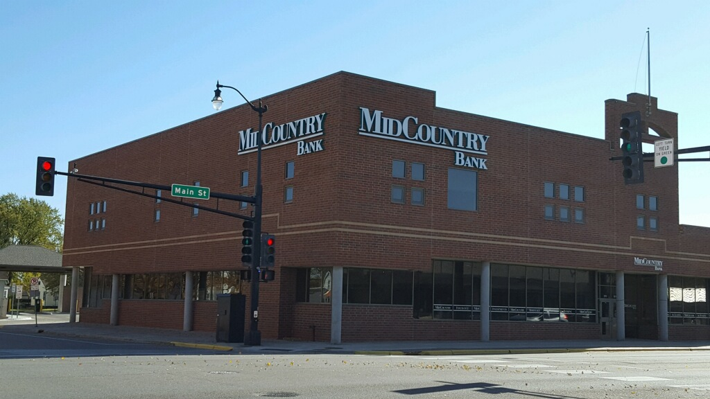 MidCountry Bank | insurance agency | 201 Main St S, Hutchinson, MN 55350, USA | 3202344500 OR +1 320-234-4500